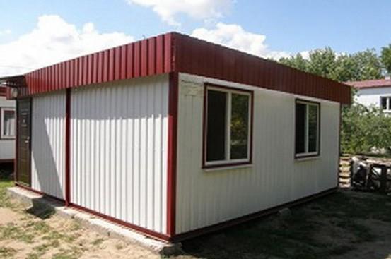 Модульное здание из блок-контейнеров с фальш-кровлей