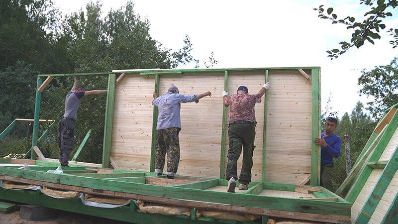 Дачная бытовка со сборкой на учатке - возведение стен
